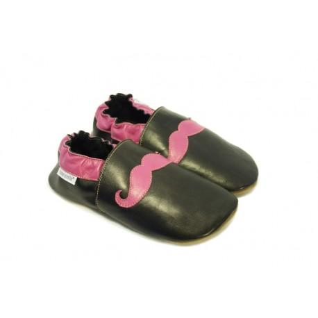 Chaussons cuir souple noir tendance moustache fuchsia