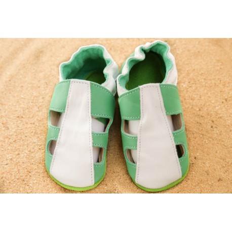 Chaussons d´été cuir souple bicolore vert