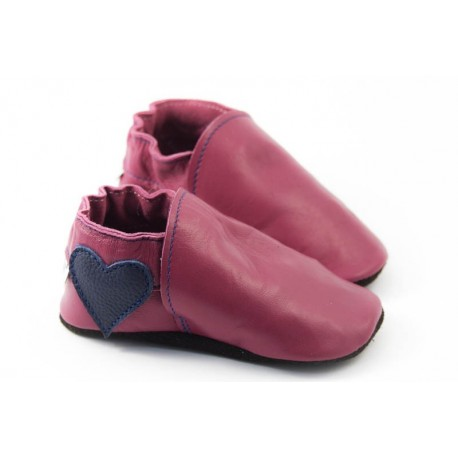 Chaussons cuir souple coeur framboise fille