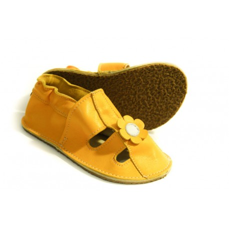 Chaussons fleur jaune - semelles en gomme ou en cuir