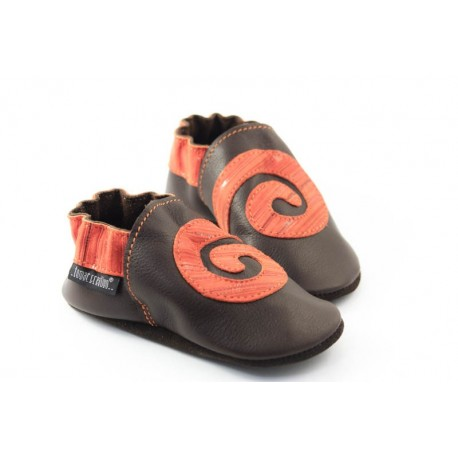 Chaussons cuir souple marron orange