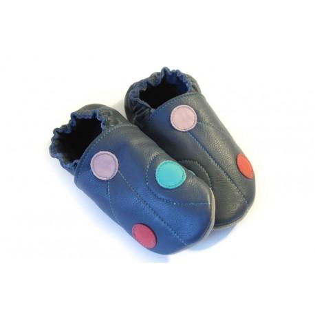 Pois pastels sur fond bleu chaussons souples en cuir