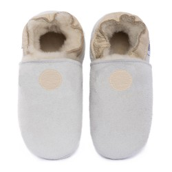 White woolen slippers,  cream round