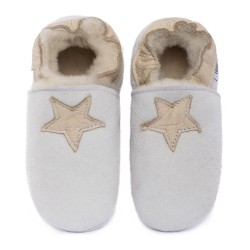 Pantoufles peau lainée blanche, étoile cream