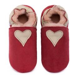 Capačky ovčia koža červená - béžové srdcé