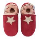 Pantoufles peau lainée rouge, étoile cream