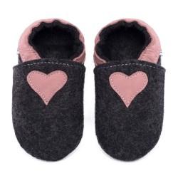 Merino slippers - black with heart - cameo