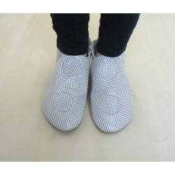 Soft leather slippers - white polka dots - 42/43