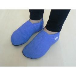 Kožené capačky - modré pásiky