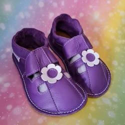 Letné capačky s gumenou podrážkou 👣 #tomarcreation #capačky #papučky #barefootshoes #handmade #madeinslovakia #summerslippers