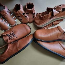 Vaša obľúbená farba Brandy🥃👣 #tomarcreation #barefootshoes #barefootslippers #slippers #leather #leathershoes #brandy #madeinslovakia #handmade